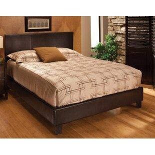 Hillsdale Furniture Harbortown Upholstered Platform Bed