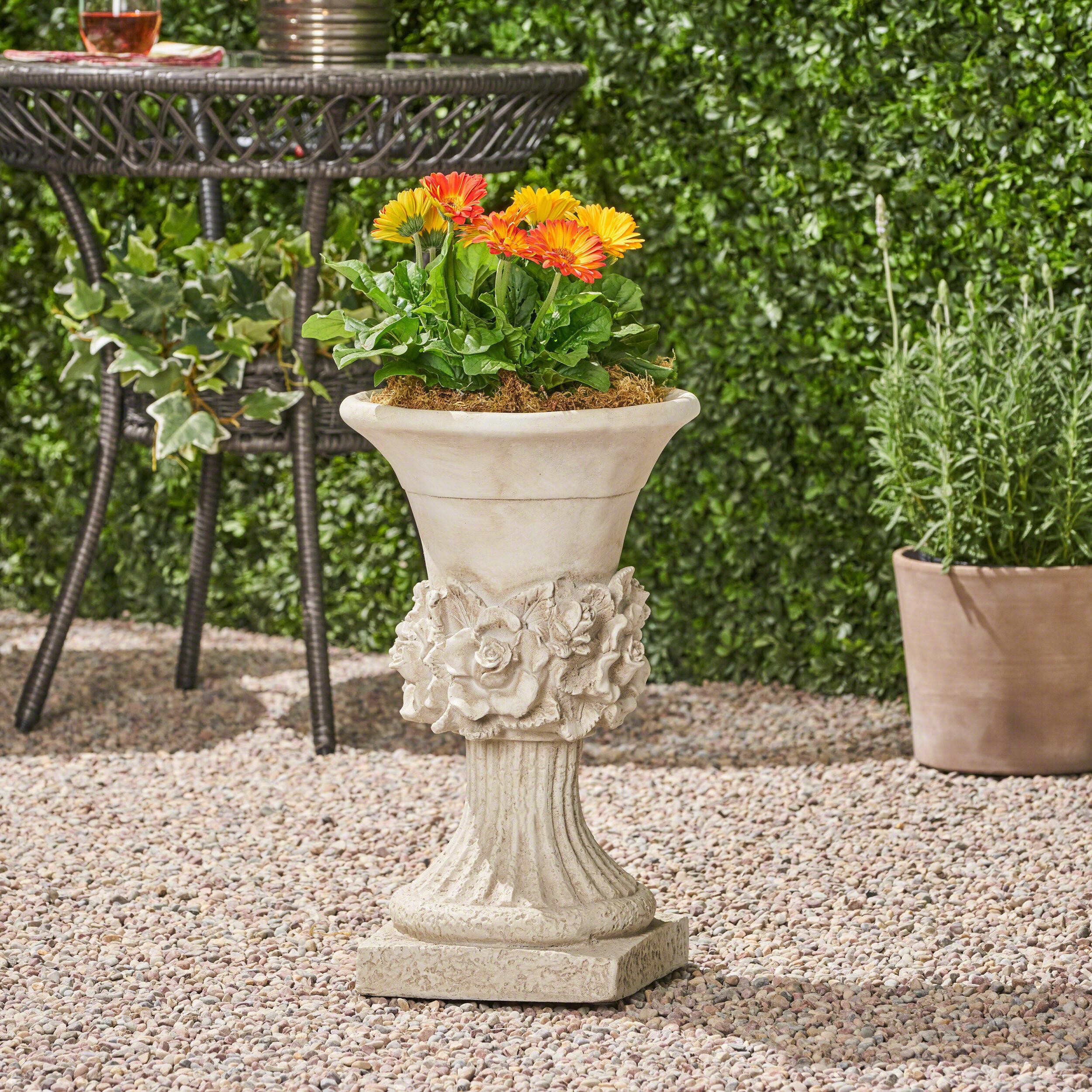 Dyllan Concrete Chalice Urn Planter
