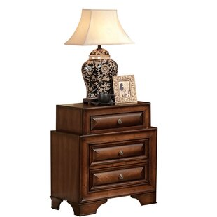 Annalee 3 Drawer Nightstand