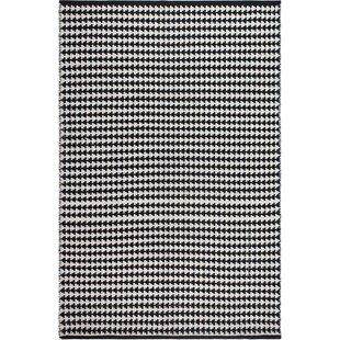 Reviews Zen Hand-Woven Black/White Area Rug By Fab Habitat