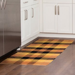 Affordable Price Brisbin Plaid Accent Hand-Woven Burnt Orange Area Rug ByAugust Grove