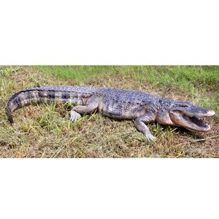 Stalking Swamp Predator: Alligator Garden Statue