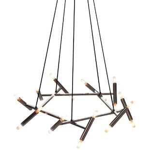 Killion 20-Light Wagon Wheel Chandelier b..