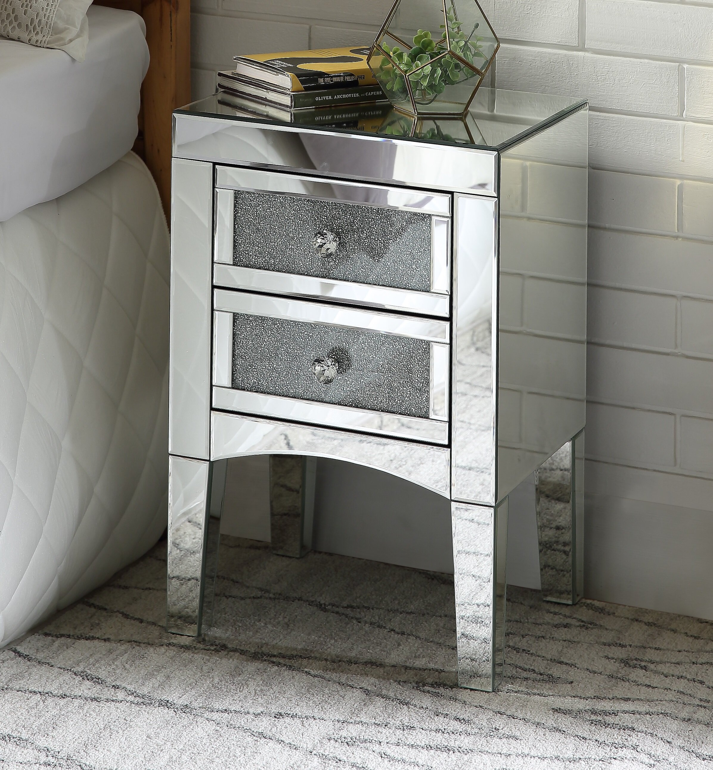 Kailee 2 Drawer Nightstand