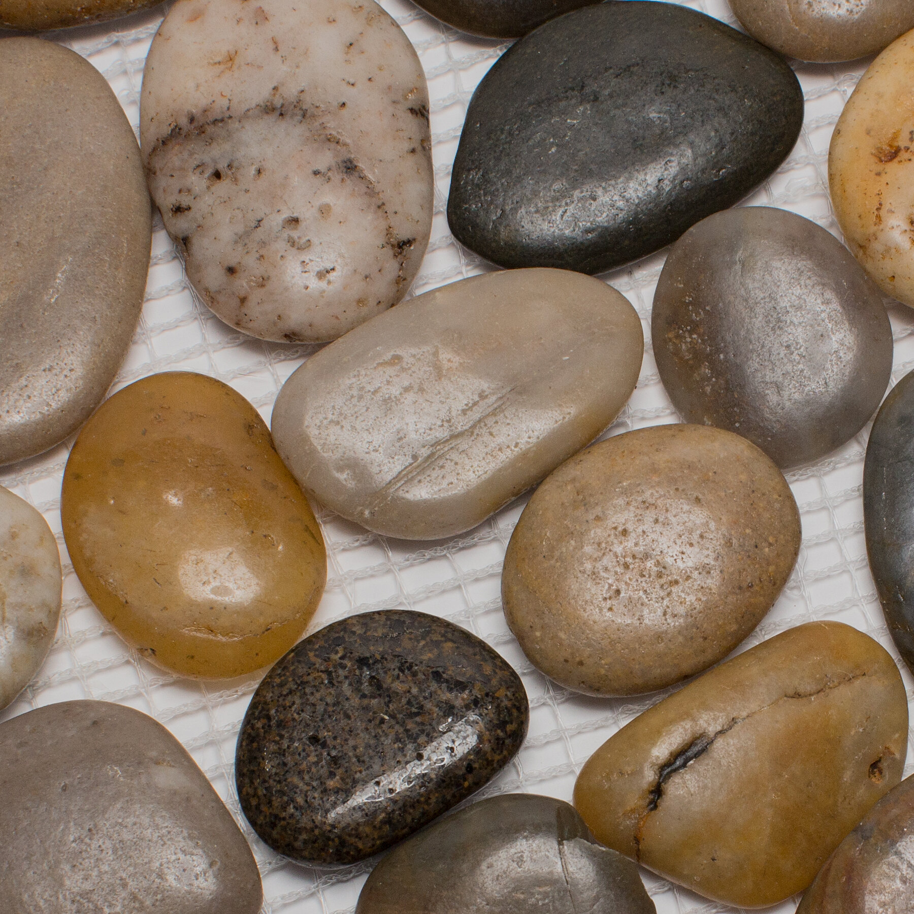 Mixed Pebble Natural Stone Tile In Brown Black