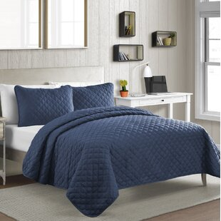 Caruthers Diamond Reversible Quilt Set