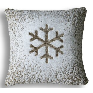 Munoz Snowflake Pillow Cover