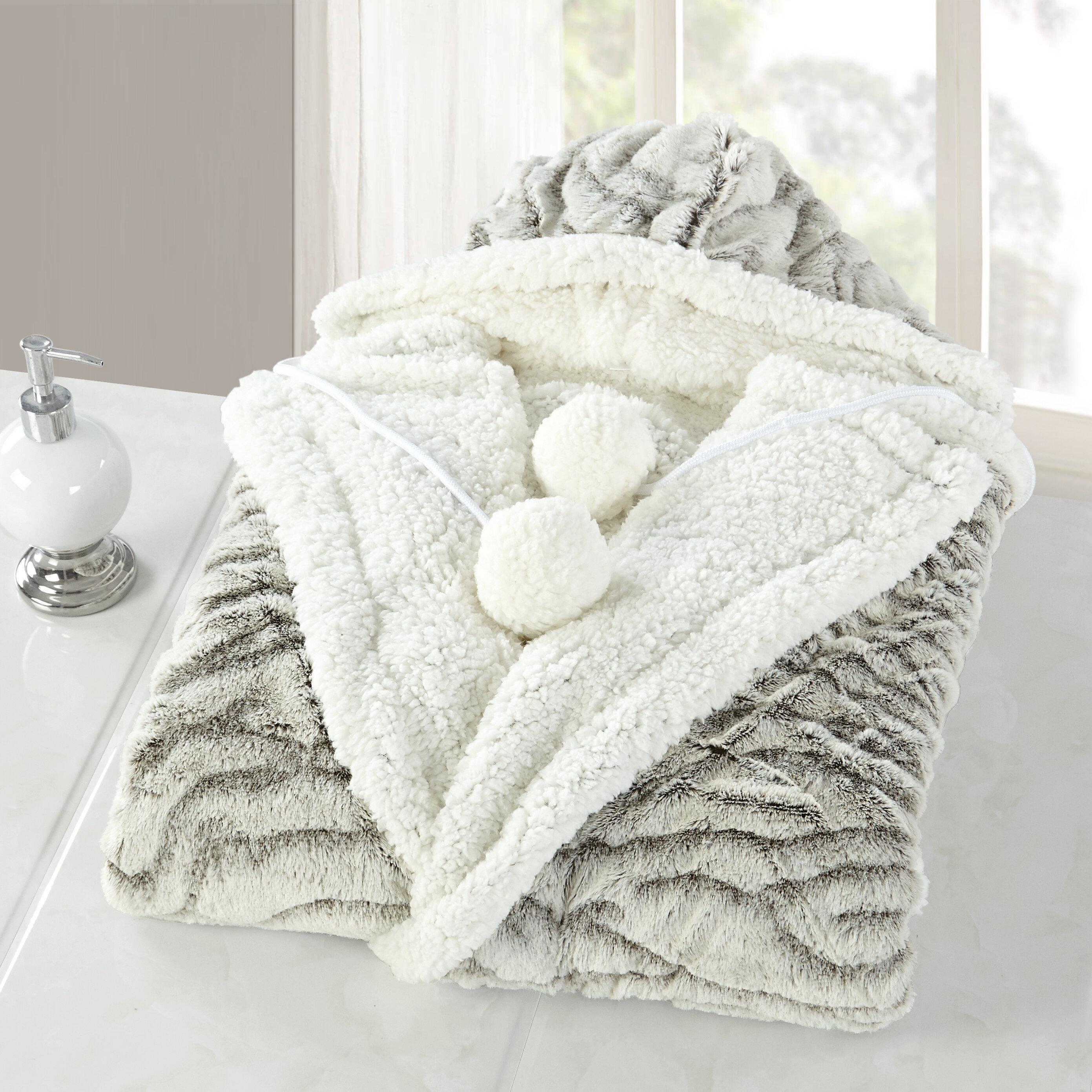 7dd6b716b7 House of Hampton Inglewood Snuggle Hoodie Fleece Throw   Reviews ...