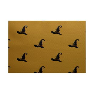 Witches Brew Holiday Print Gold Indoor/Outdoor Area Rug