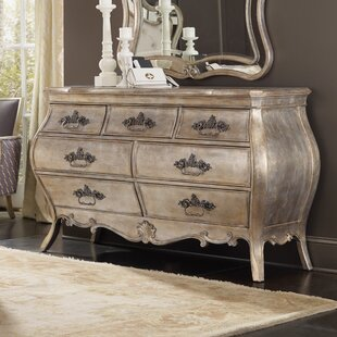 Hooker Furniture Sanctuary 7 Drawer Dresser