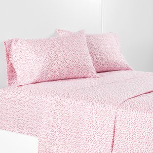 Tossed Hearts Sheet Set