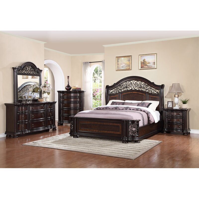 Fleur De Lis Living Winkelman King Standard 4 Piece Bedroom Set