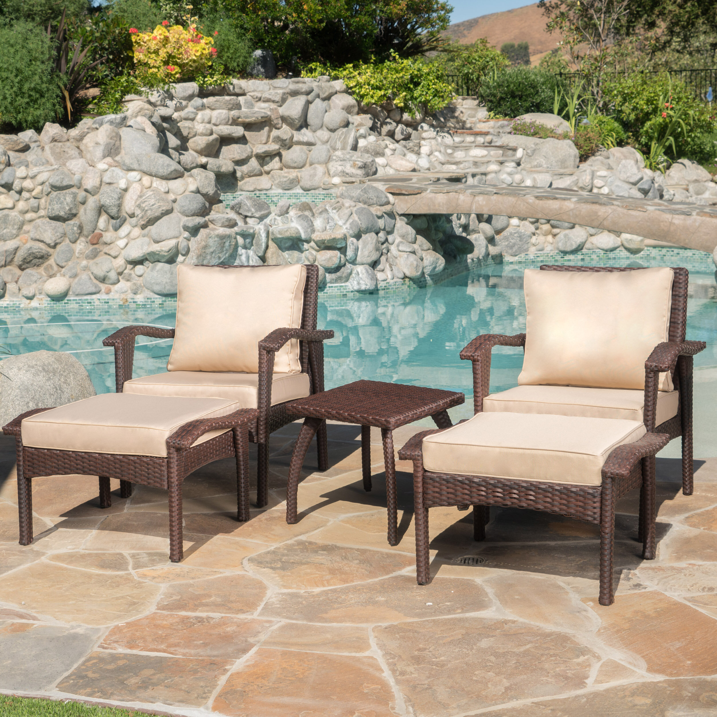 Alcott Hill Springboro 5 Piece Conversation Set With Cushions