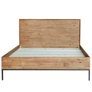 Stallings Queen Platform Bed by Union Rustic