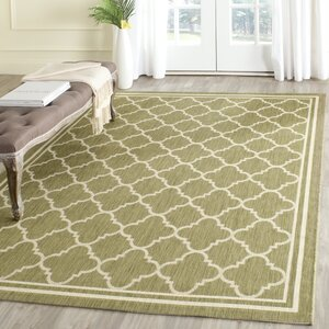 Short Green/Beige Indoor/Outdoor Area Rug