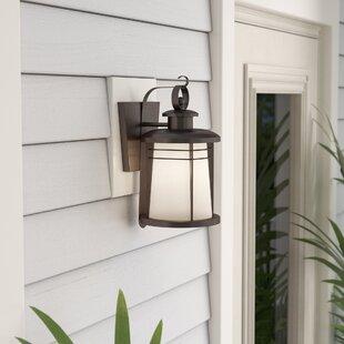 Beachcrest Home Morton 1-Light Outdoor Wall Lantern