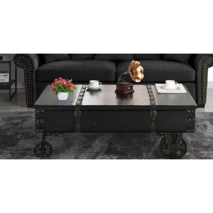Bradwell Country Style Accent Coffee Table