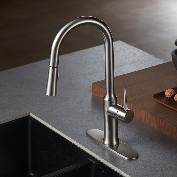 New York Pull Down Single Handle Kitchen Faucet