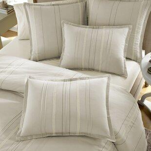 Lark Manor Dordogne Comforter Set
