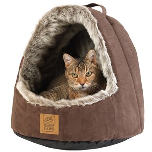 Hooded Arctic Fox Bed by House of Paws