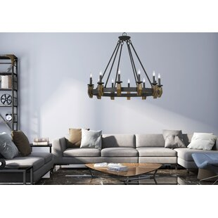 Geraghty 9-Light Wagon Wheel Chandelier b..