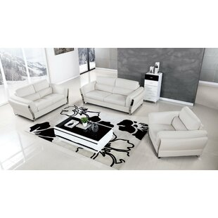 Kittitas 3 Piece Living Room Set by Orren Ellis