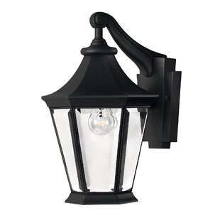 Reviews Senator Outdoor Wall Lantern By Hinkley Lighting