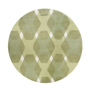 Affordable Diamond Hand-Loomed Green/White Area Rug By Martha Stewart Rugs