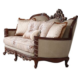 Prue Loveseat