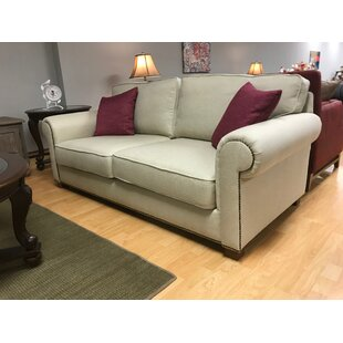 Ryann Loveseat