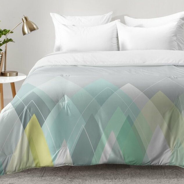 East Urban Home Graphic Z Comforter Set