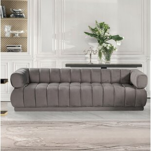 Sina Chesterfield Sofa