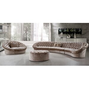 Laelia Sectional by Everly..