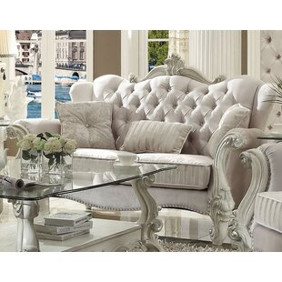 Medley Standard Loveseat with 3 Pillows