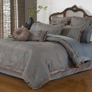 Astoria Grand Chinn 4 Piece Comforter Set