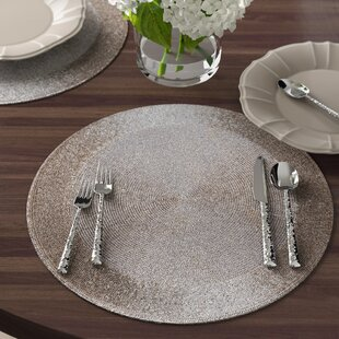 Georges Beaded Round Mat (Set of 4)