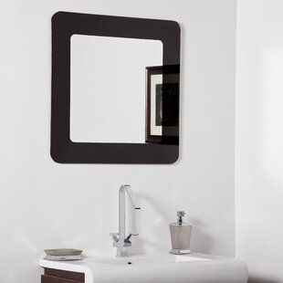 Decor Wonderland Ella Modern Wall Mirror