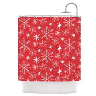 Snowflake Berry Single Shower Curtain