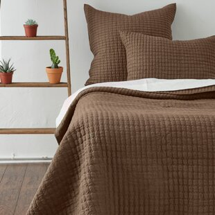 Amity Home Cathalina Linen Quilt