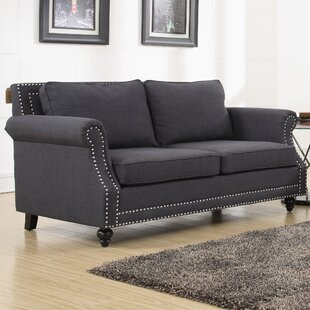 Eawood Loveseat