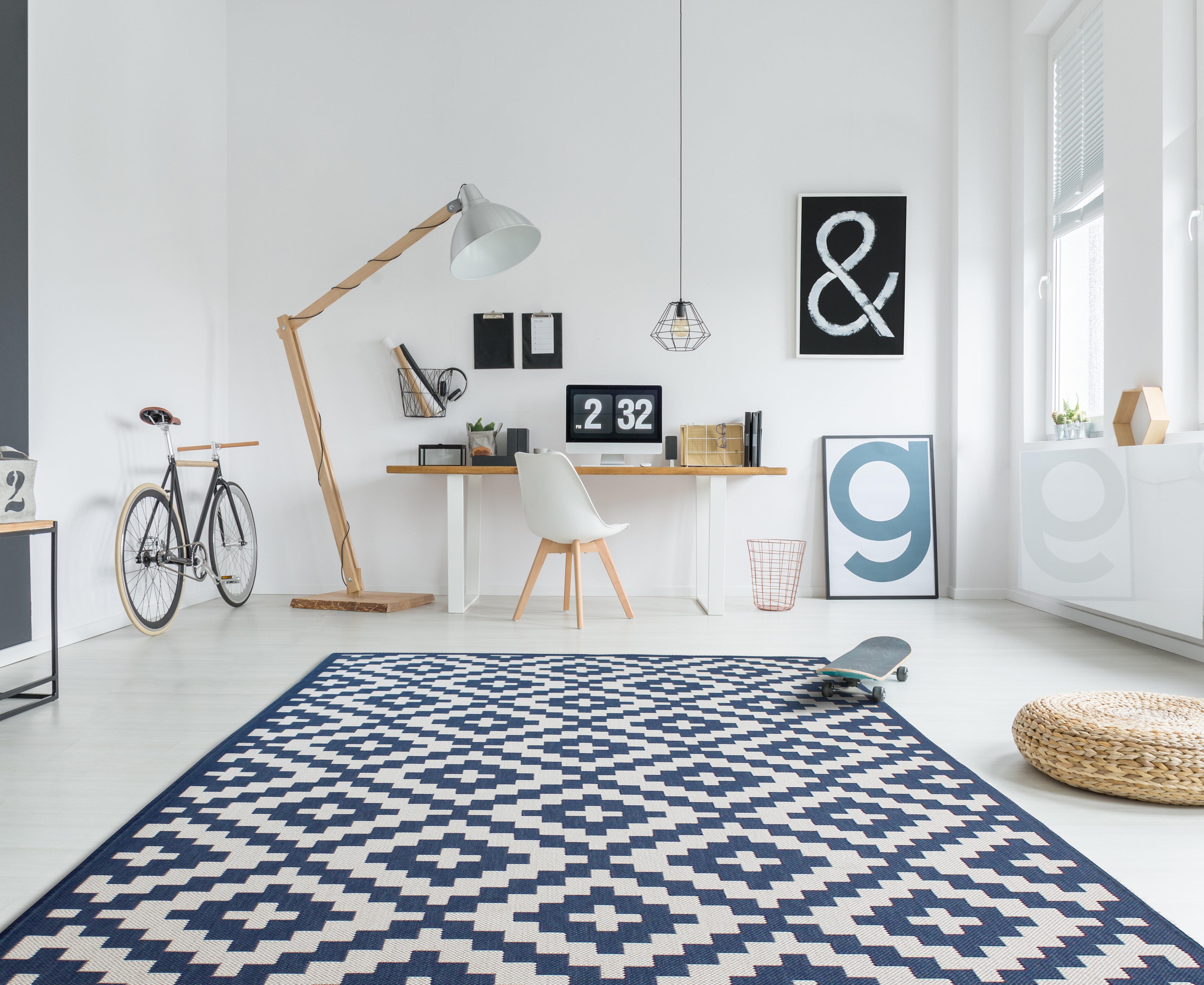 Deckland Moroccan Trellis Blue White