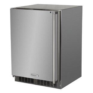 Outdoor 24-inch 5.3 cu. ft. Undercounter Refrigeration