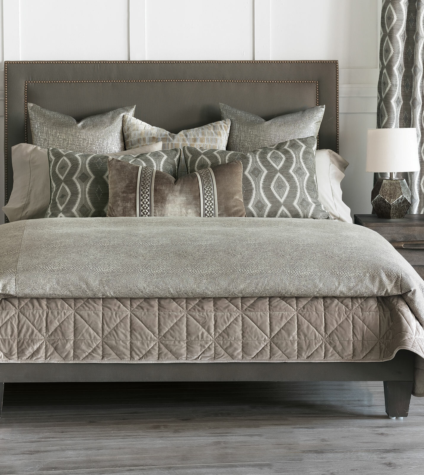 Eastern Accents Idris Light Gray Animal Print Comforter Perigold