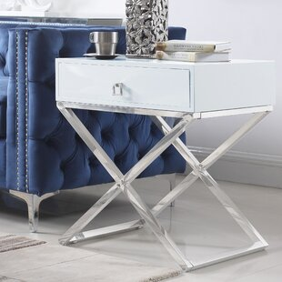 Everly Quinn Sergey Wood Top End Table