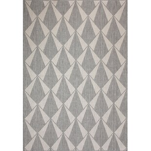 Tammy Ivory/Gray Indoor/Outdoor Area Rug