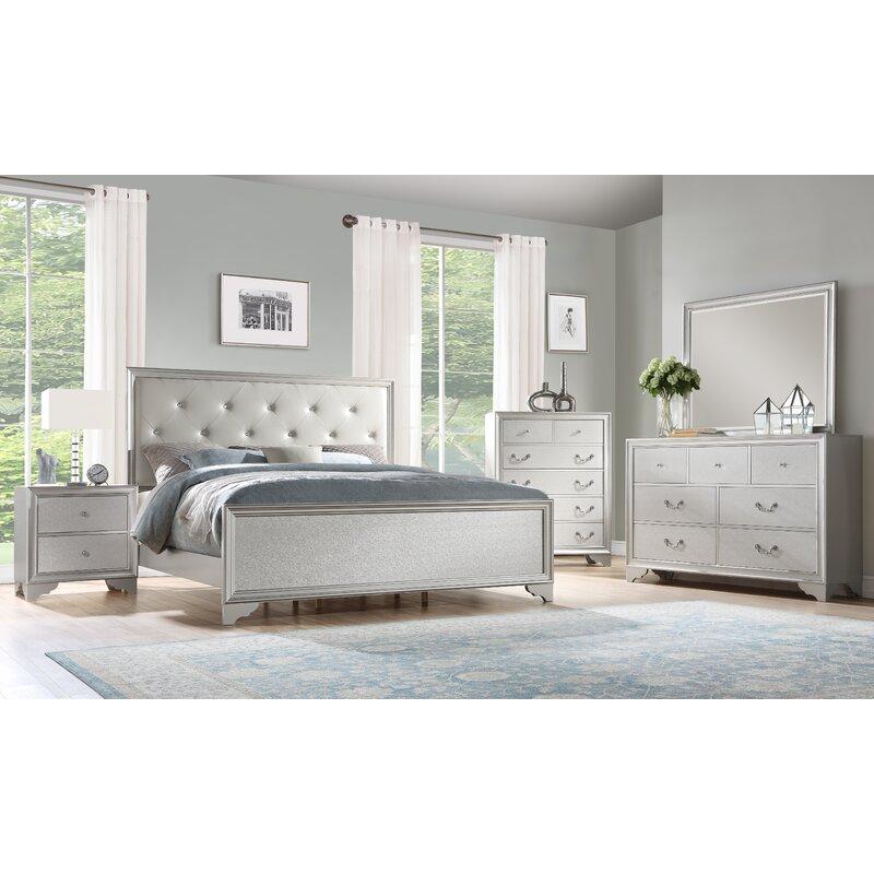 House Of Hampton Xan Standard Solid Wood 4 Piece Bedroom Set