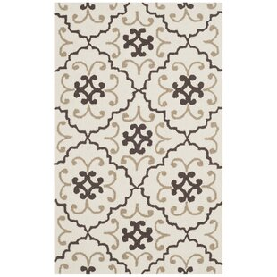 Back Forty Hand-Hooked Ivory/Gray Indoor/Outdoor Area Rug