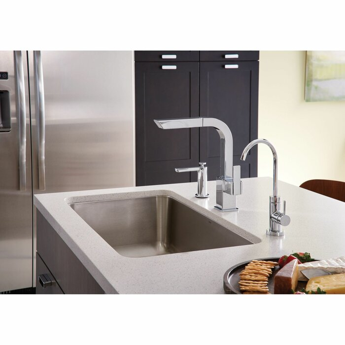90 Degree Pull Out Single Handle Kitchen Faucet with Duralock™