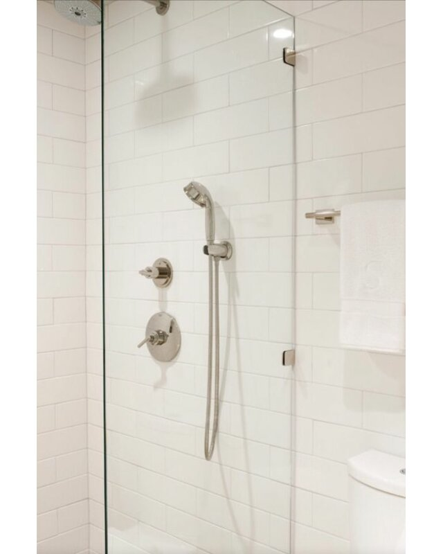 Value Series 4 Quot X 16 Quot Ceramic Subway Tile In Bright Glossy