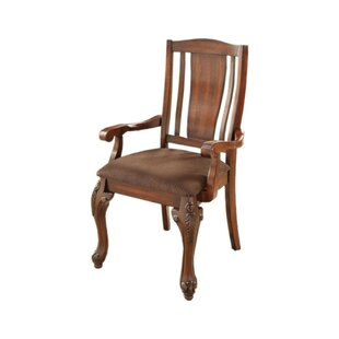 Damiansville Traditional Solid Wood Dinin..